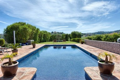 pool & view of Estepona Villa with Open Views