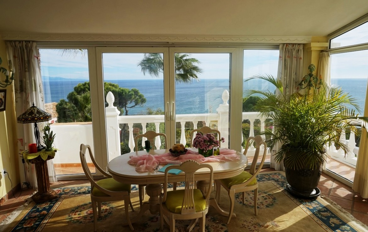 conversatory at Manilva Villa with Stunning Sea Views