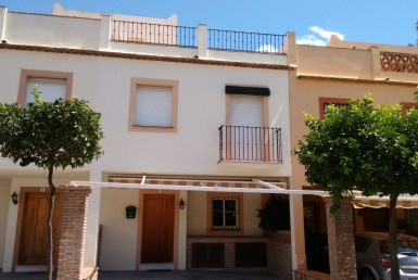 front Beach-side Townhouse in Estepona