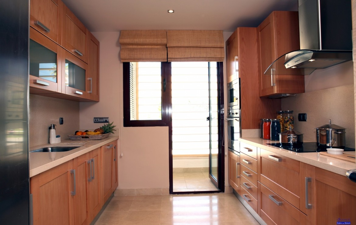 kitchen of New Apartments in Sotogrande Marina