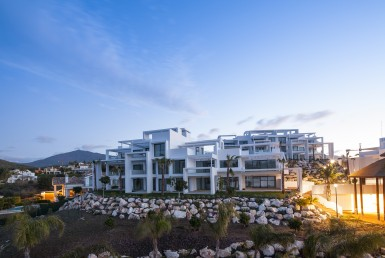 Magnificent Golf Valley Apartments in Estepona