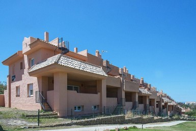 buildings of New Townhouse near Cabopino Golf