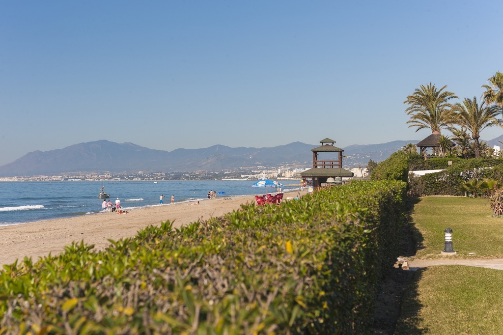 back yard beach in Beachfront Apartment in Los Monteros, Marbella