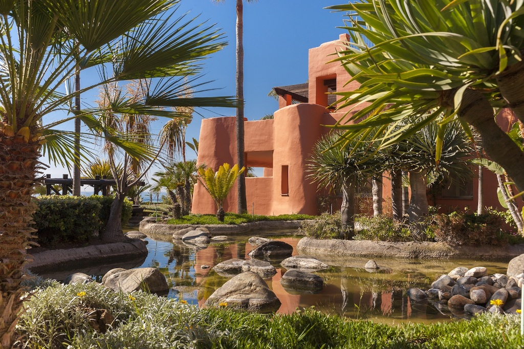 back yard in Beachfront Apartment in Los Monteros, Marbella